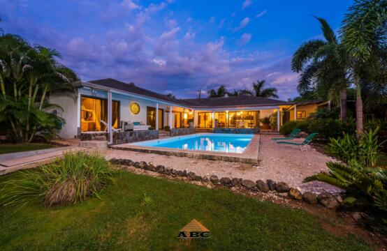 Casa Tiberio – Spacious Home with Garden & Pool in Guanacaste, Costa Rica