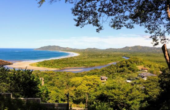 Lote Dos Vistas – Large ocean view lot with great potential in Tamarindo