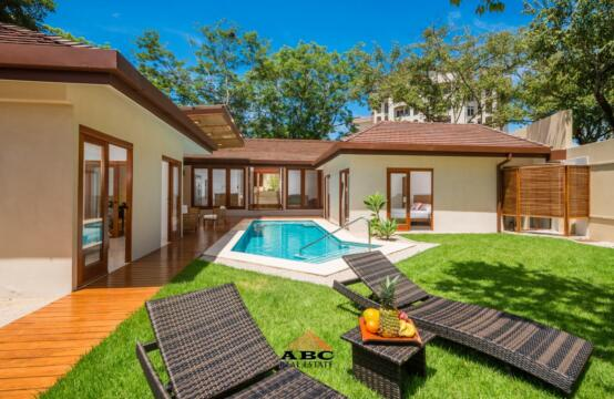 Casa Idaly – Single Family Home in Tamarindo at Playa Langosta