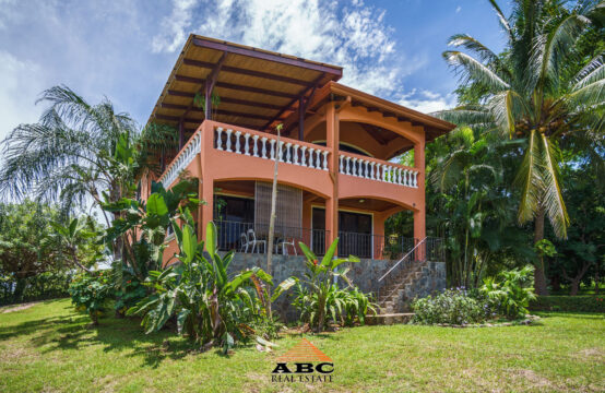 Las Tres Tortugas – Beautiful B&B in a tropical garden close to the beach