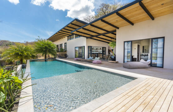 Casa Malibu – Sensational New Build home in Senderos