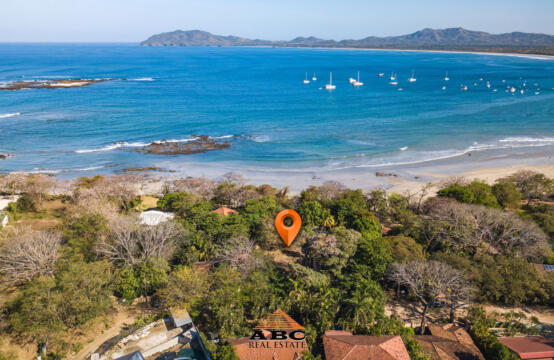 Lote Frente al Mar - Gorgeous Beach Front Lot in Langosta